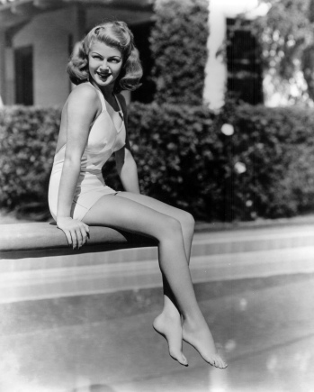 Lana-Turner-pool.jpg